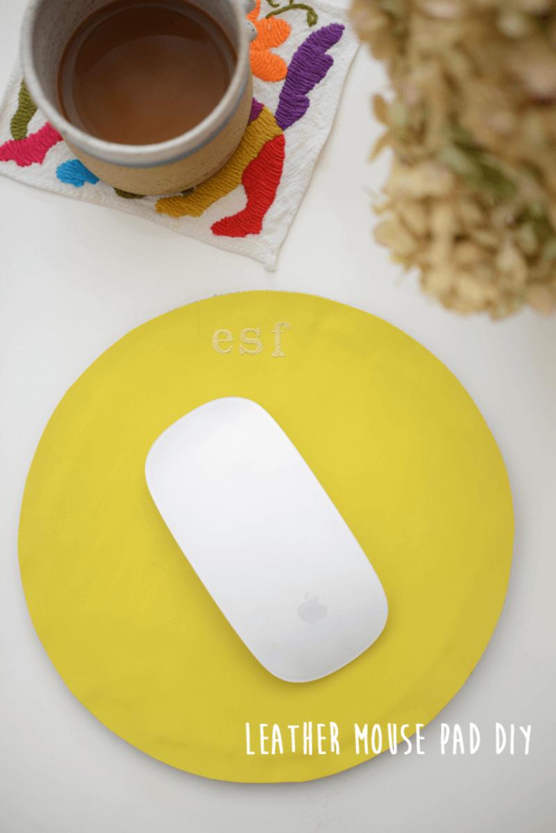 11 Diy Mousepad Ideas To Beautify Your Work Desk - 010B0E087D4B0Cddc11614D3781C3B6A