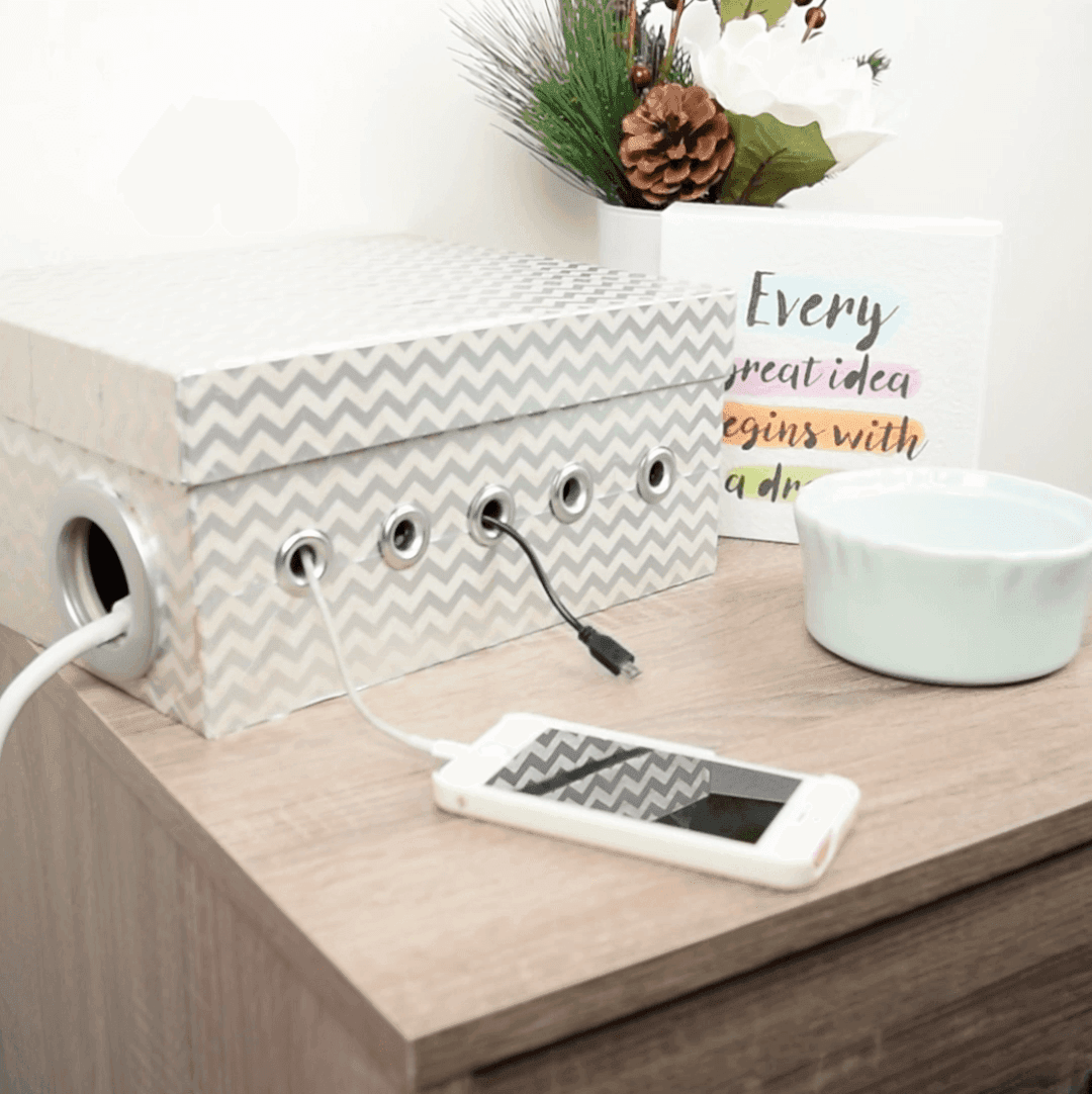 11 Diy Charging Station That Are Easy To Make - 043Dd688503F98Ffc6D5B50A3Bd2A1C1