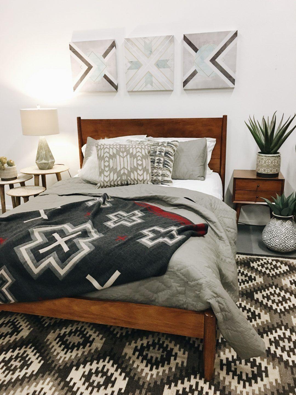 25 Elegant Mid Century Modern Bedroom (Heaven-Like Rooms) - 16