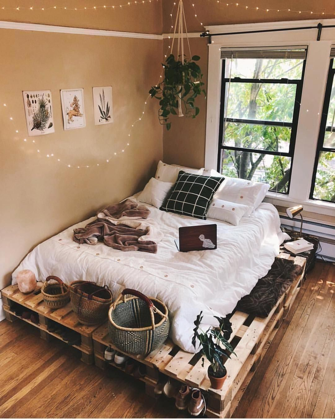 25 Absorbing Rustic Bedroom Concepts (Passions For Sleeping) - 20A