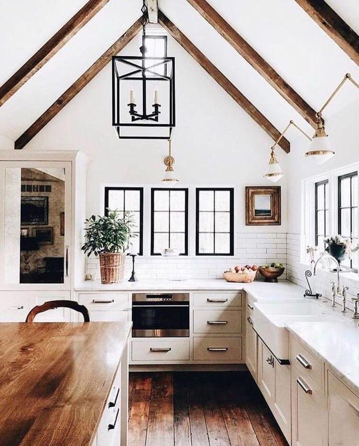 25 Bewildering Farmhouse Kitchen Designs (Traditional Beauties!) - 8218795B2F6Efebc9B359F41Ff849Af8