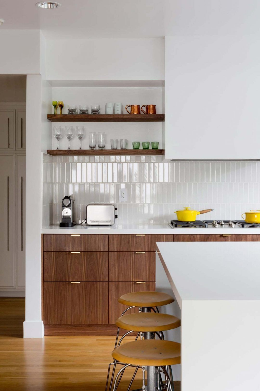 25 Mid Century Modern Kitchen Ideas To Beautify Your Cooking Area - 8E05C328Cb775843C12D3A4A1Cd8Dd14