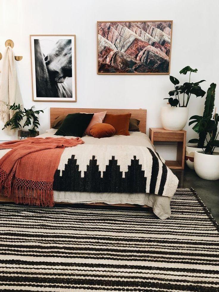 25 Elegant Mid Century Modern Bedroom (Heaven-Like Rooms) - 9
