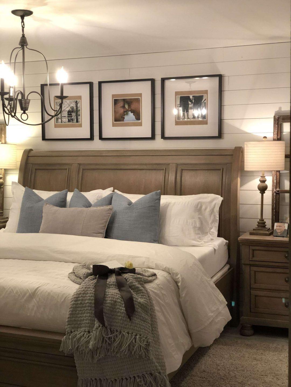 25 Inviting And Cozy Farmhouse Bedroom (The Visual Treats) - A1