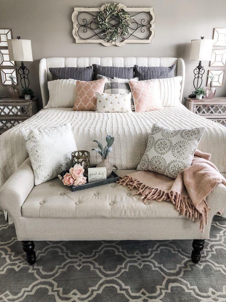 25 Inviting And Cozy Farmhouse Bedroom (The Visual Treats) - A10