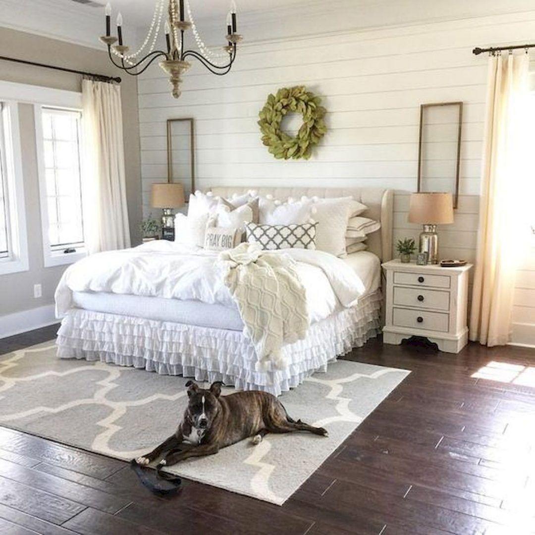 25 Inviting And Cozy Farmhouse Bedroom (The Visual Treats) - A20