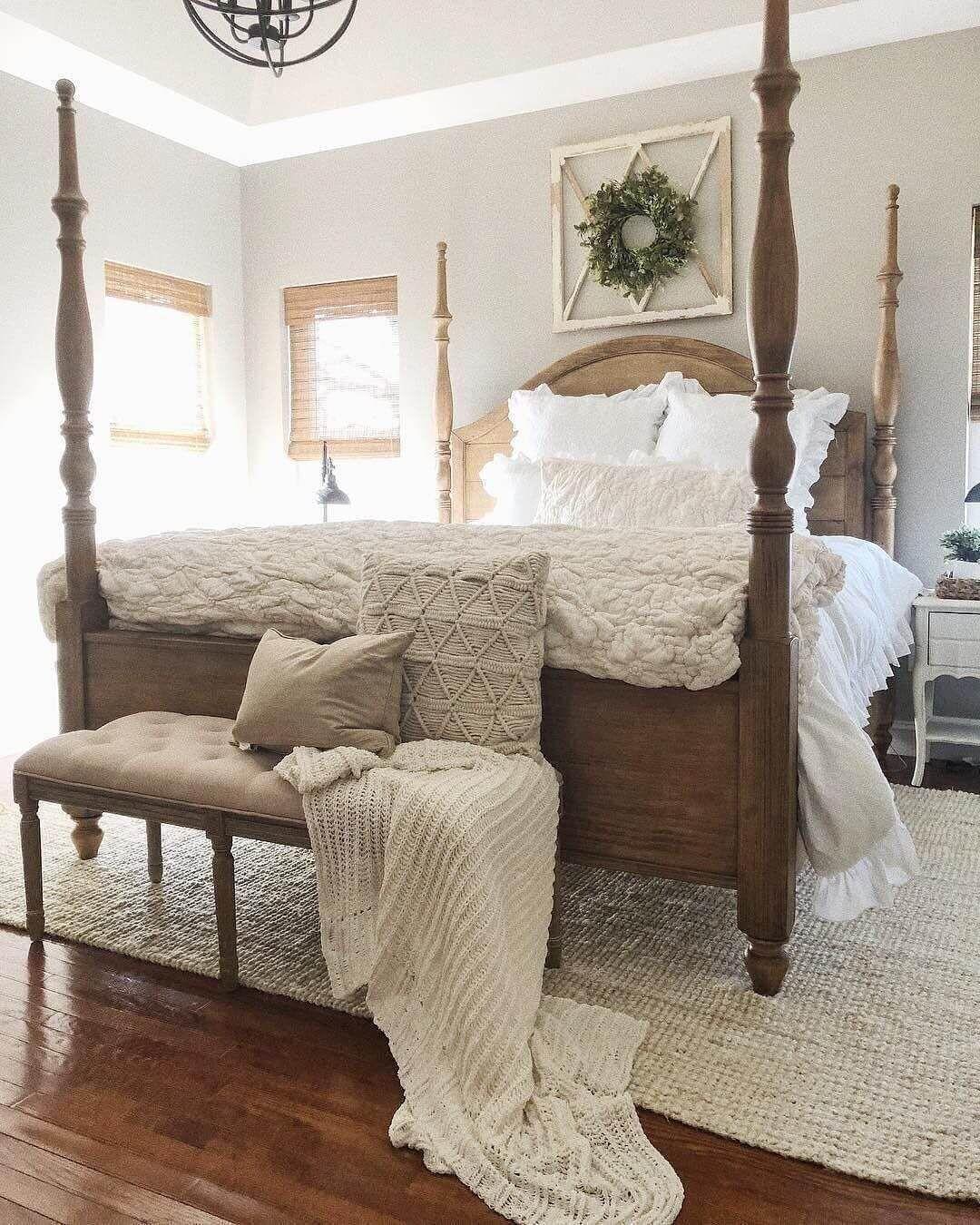 25 Inviting And Cozy Farmhouse Bedroom (The Visual Treats) - A3