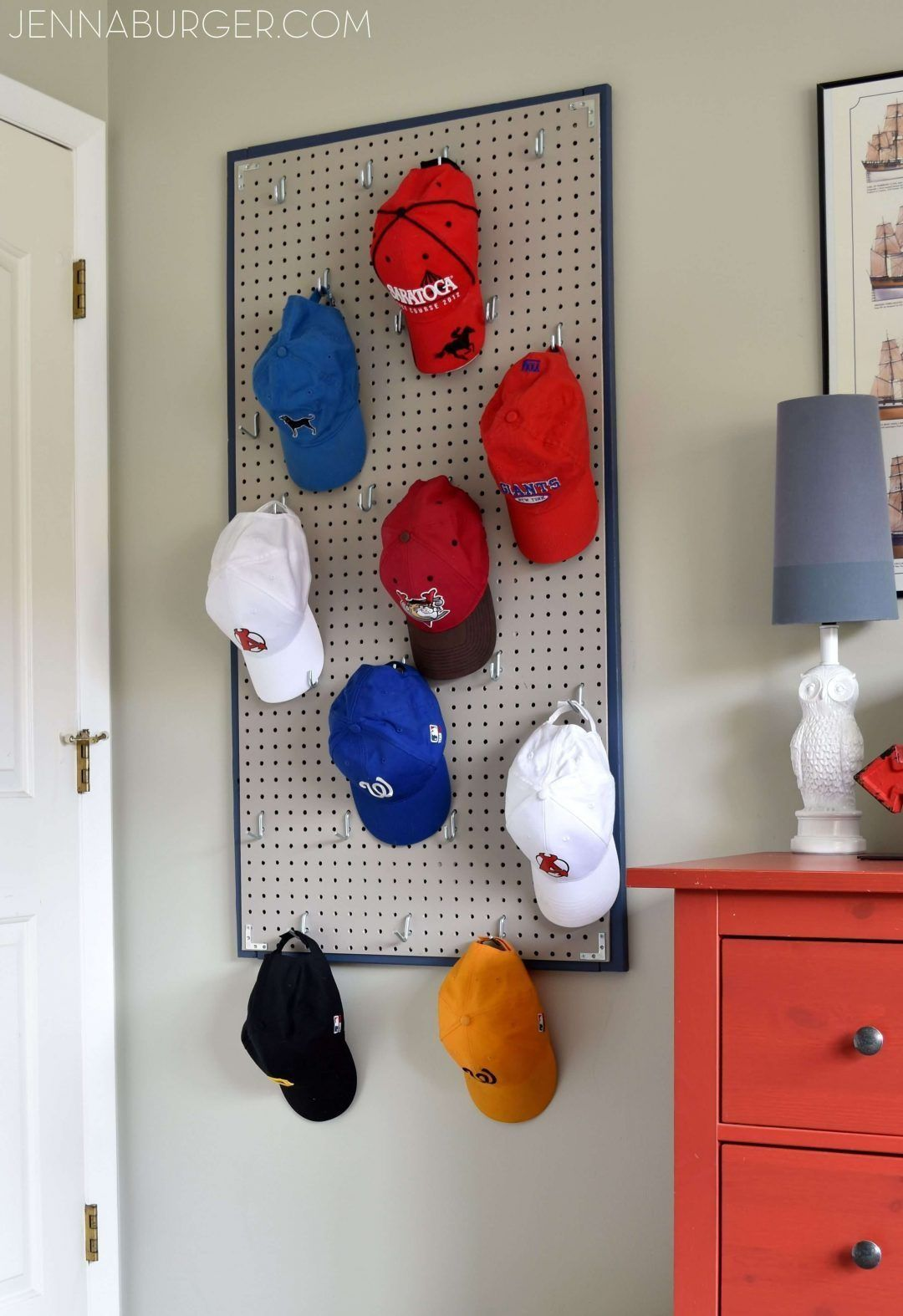 11 Creative Diy Hat Rack Ideas For Your Next Project - D48Dc935Be1104E38662E88Bbf0839A8