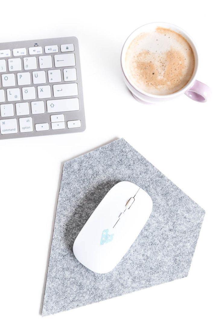 11 Diy Mousepad Ideas To Beautify Your Work Desk - F37Ab0Aff04B09Fa37Cd44F3265E481A