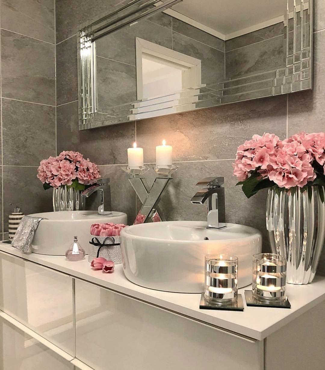 25 Stunning Shabby Chic Bathroom Designs That Will Adore You - Fcc28Db0Fe68E1Ef963Eae79054C0B2C