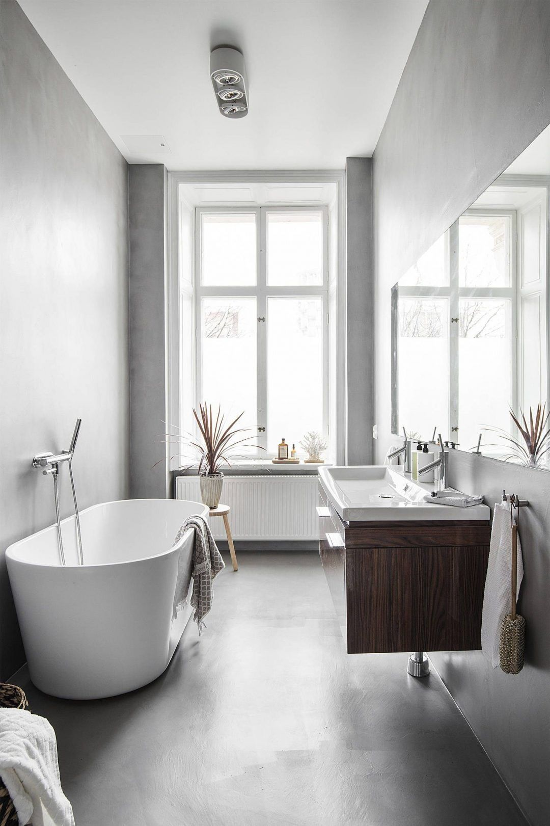 25 Tranquil Scandinavian Bathroom Decor To Get Rid Of Daily Stress - N8