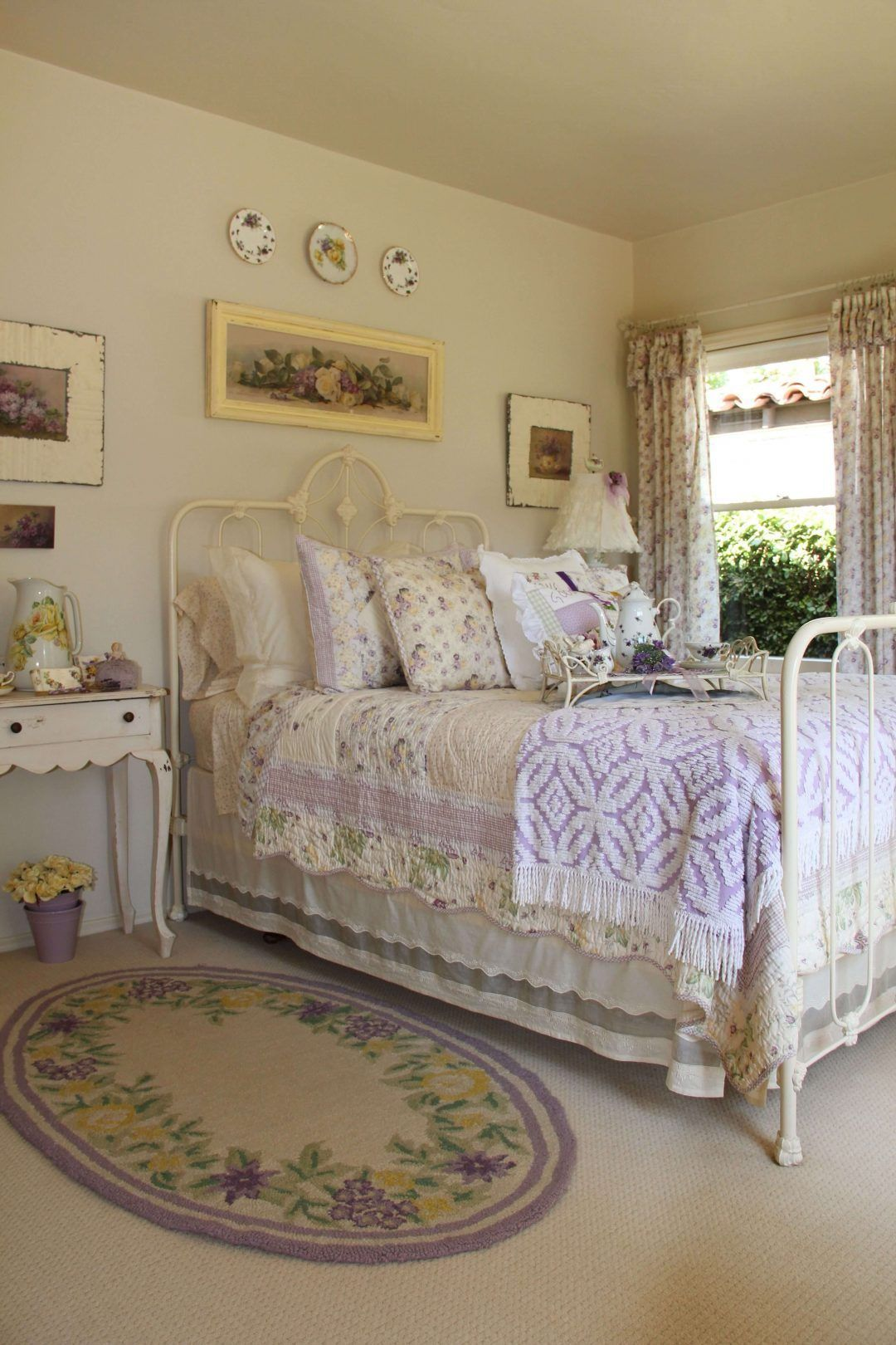25 Fashionable Shabby Chic Bedroom (All Are Stylish!) - Q1