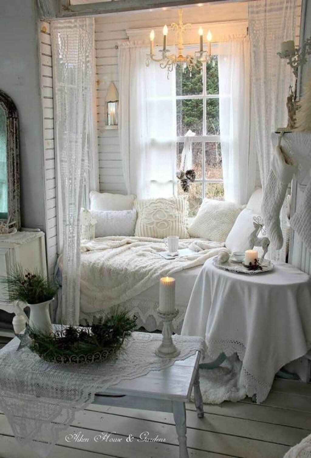 25 Fashionable Shabby Chic Bedroom (All Are Stylish!) - Q20