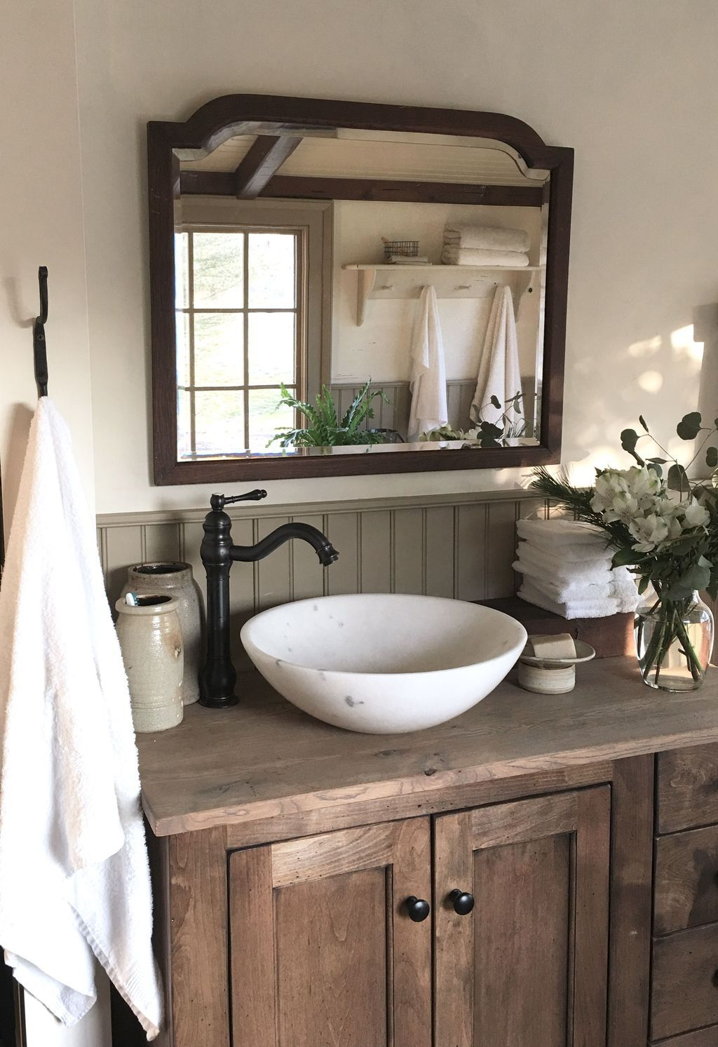 25 Cozy Rustic Bathroom Decor To Guide Your Renovation - W10