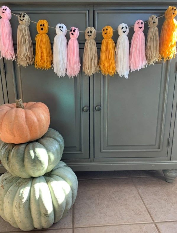 14 Easy &Amp; Creative Diy Tassel Garland Ideas (With Tutorials!) - Diy Ghost Tassel Garland For Halloween